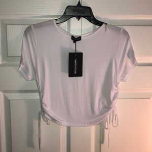 🏷 NWT PrettyLittleThing Crop Top Ruched Side (10)